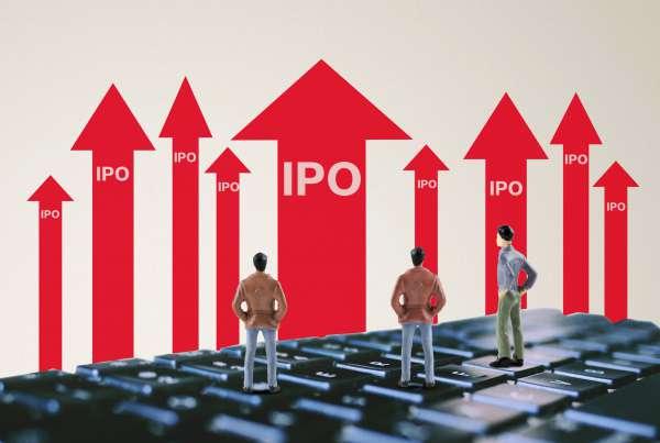 """三年亏损超百亿:""""中国版特斯拉""""赴美IPO,起底李斌和他的出行帝国"""