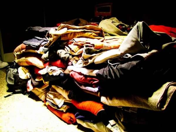 你的旧衣服去了哪里?一件T恤背后暗藏的千亿产业链调查
